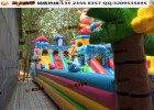 摆摊做蹦床生意挺好 庙会上的大型滑梯 大型公园城堡乐园