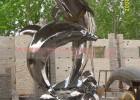 生产不锈钢喷水海豚厂家  海豚雕塑制作价格