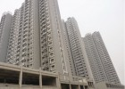 嵩县鹤鸣小区阳台壁挂太阳能热水工程