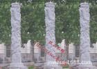 供应石雕龙柱