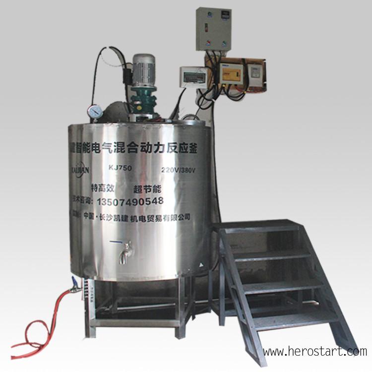 凯建新型节能电气混合电加热建筑胶水反应釜,即聚乙烯醇溶解和反应的不锈钢容器,胶水反应釜采用圆柱形,其结构由釜体、传动装置、搅拌装置、加热装置、密封装置、自动控制装置组成。根据工艺配方需求进行容器内部的结构设计与参数配置,以更高效实现工艺需求的加热、溶解及低温的混配反应的多功能综合反应容器,配合智能全自动控制系统,从开始给水—升温—进料—溶解—反应—出料均能够以较高的自动化完成设定好的步骤,对反应过程的温度、压力、力学控制(搅拌)反应浓度等重要参数